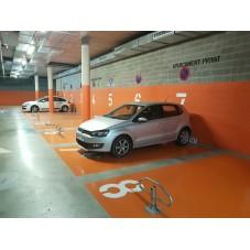 barrera abatible manual para parking Bam instalada